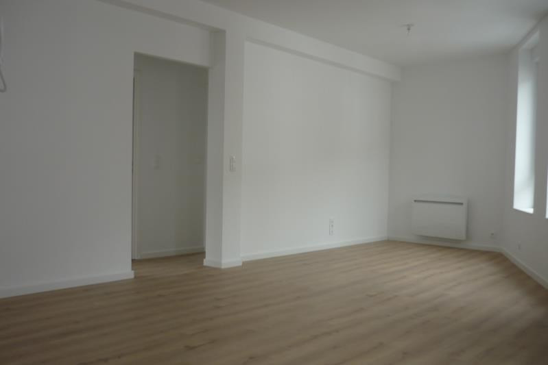 Location appartement Armentieres 650€ CC - Photo 2