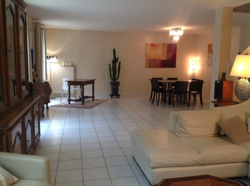 Sale house / villa Voisins le bretonneux 696800€ - Picture 3