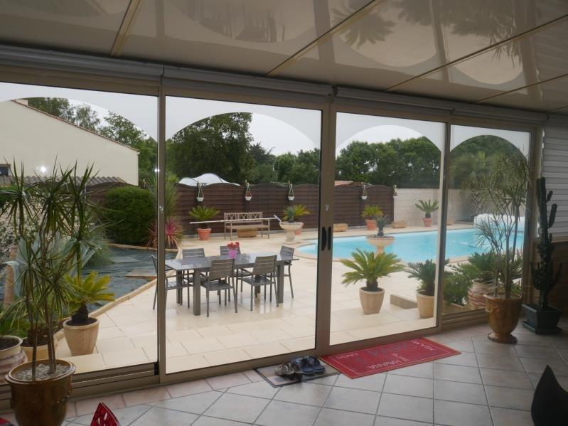 Sale house / villa St hilaire la foret 442000€ - Picture 5