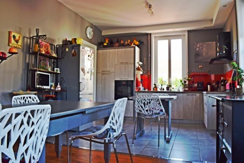 Sale house / villa Riorges 199000€ - Picture 6