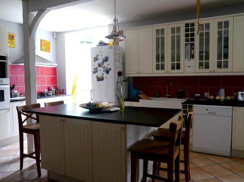 Sale house / villa Gemozac 245575€ - Picture 3