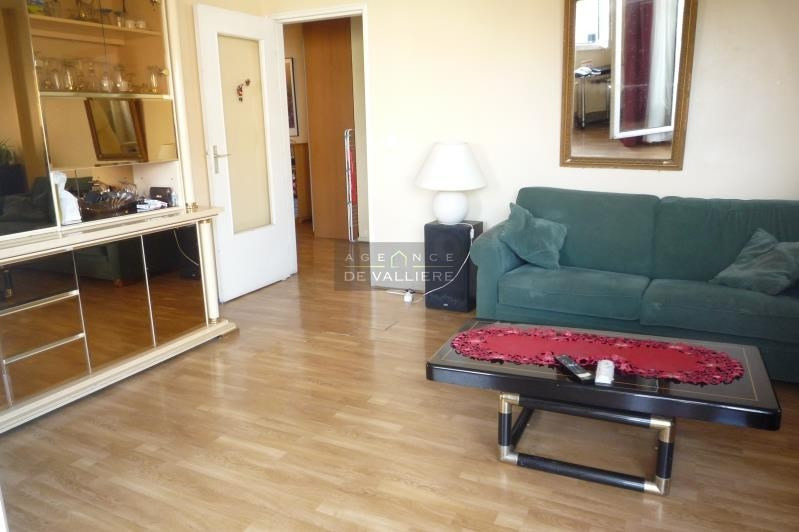 Sale apartment Suresnes 400000€ - Picture 2