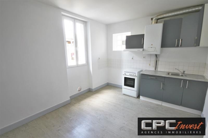 Rental apartment Oloron ste marie 395€ CC - Picture 1