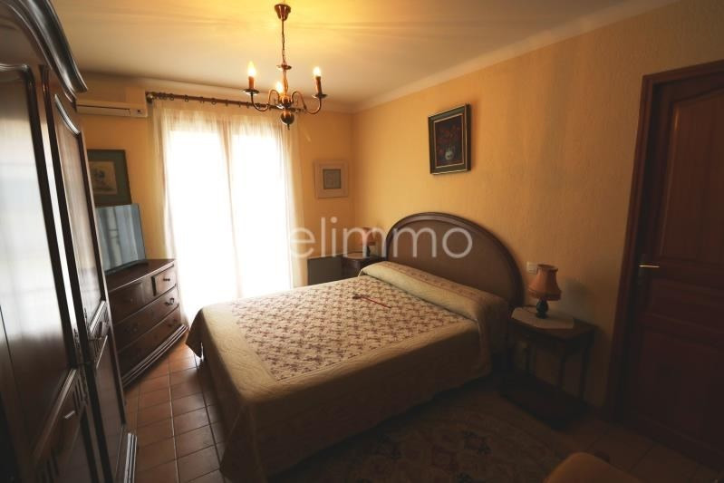Vente maison / villa Eyguieres 390000€ - Photo 8