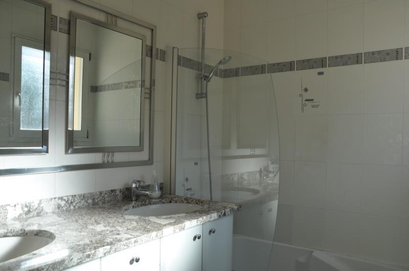 Sale house / villa Feucherolles 750000€ - Picture 6