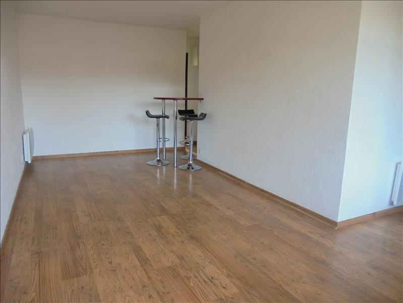 Sale apartment Cluses 129 000€ - Picture 1