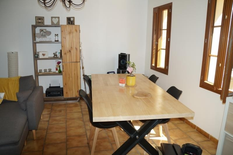 Location maison / villa Les angles 790€ CC - Photo 4