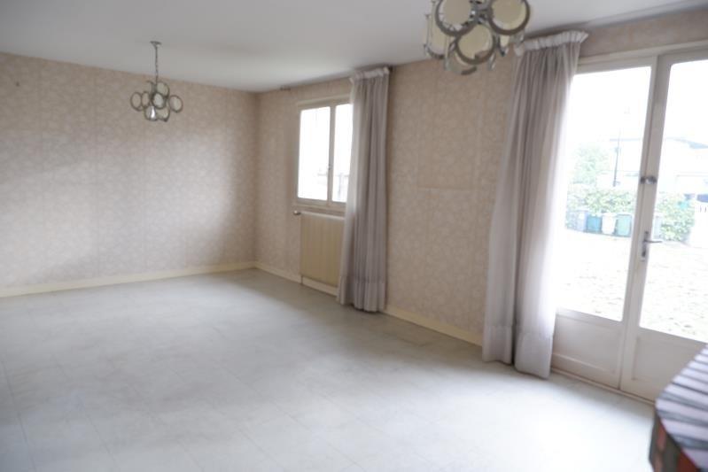 Sale house / villa Le mesnil le roi 595000€ - Picture 4