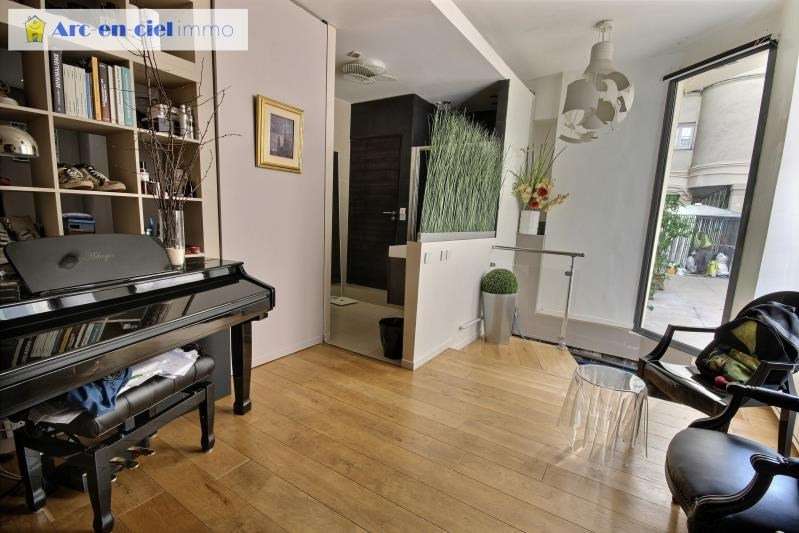 Revenda apartamento Paris 11ème 599000€ - Fotografia 6