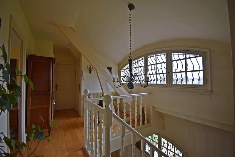 Sale house / villa Villerest 300000€ - Picture 5