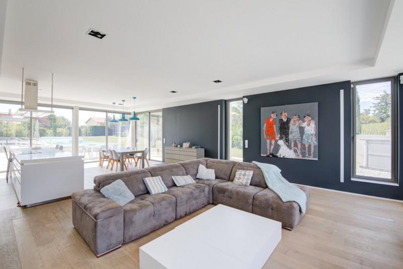 Deluxe sale house / villa Brindas 1250000€ - Picture 4