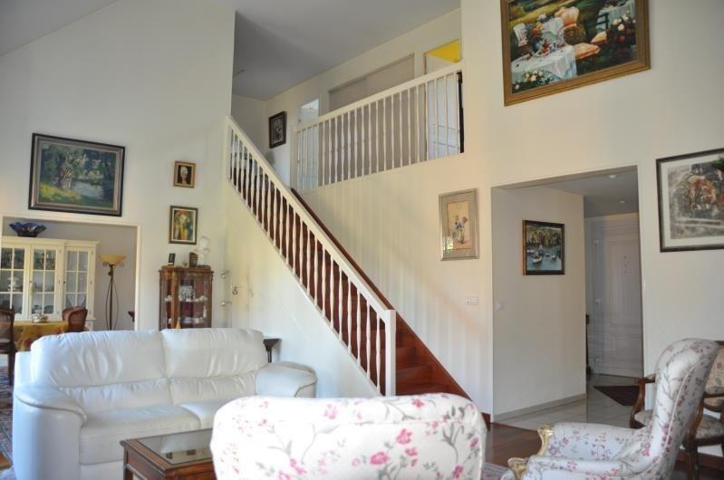 Sale house / villa St nom la breteche 748000€ - Picture 3