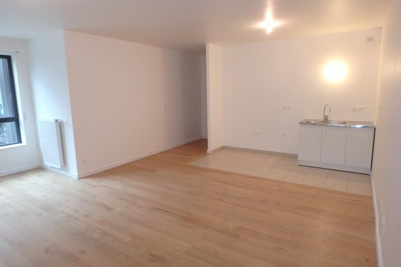 Rental apartment Viroflay 1095€ CC - Picture 2