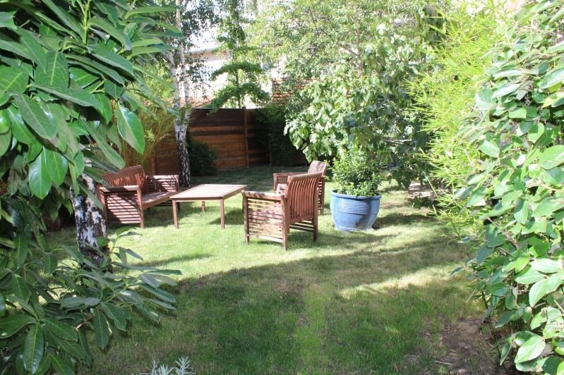Deluxe sale house / villa Colombes 1285000€ - Picture 2