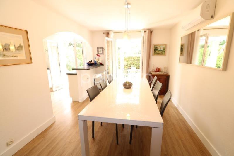 Vente maison / villa Eyguieres 550000€ - Photo 4