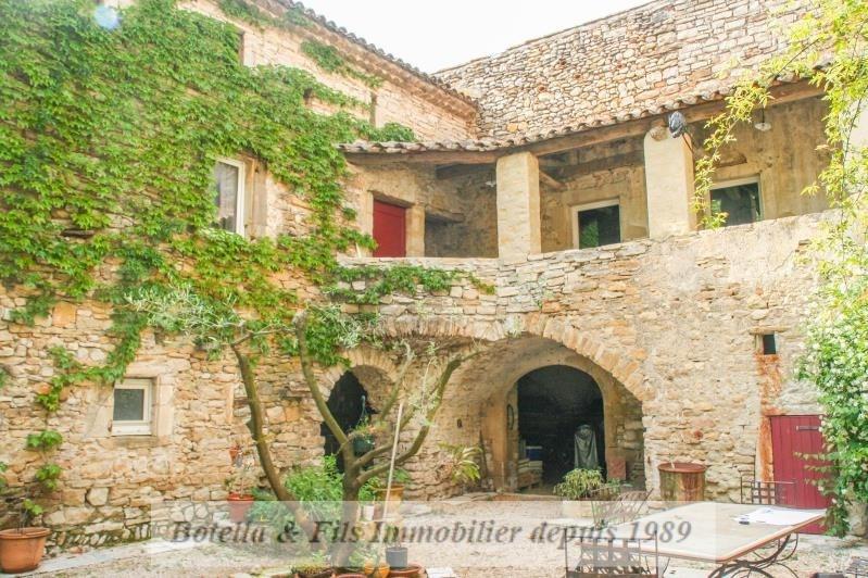 Vente de prestige maison / villa Uzes 688000€ - Photo 1