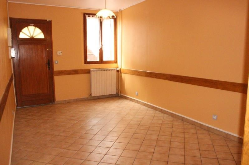 Location maison / villa La ferte gaucher 630€ CC - Photo 3