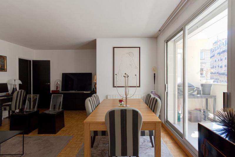 Vente de prestige appartement Paris 18ème 1245000€ - Photo 2