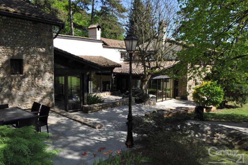 Deluxe sale house / villa St cyr sur le rhone 599000€ - Picture 1