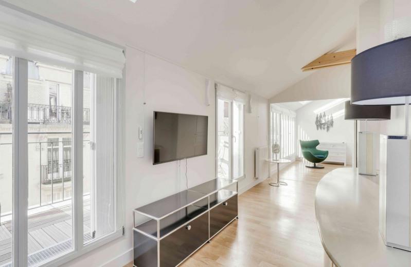 Rental apartment Paris 16ème 3000€ CC - Picture 4