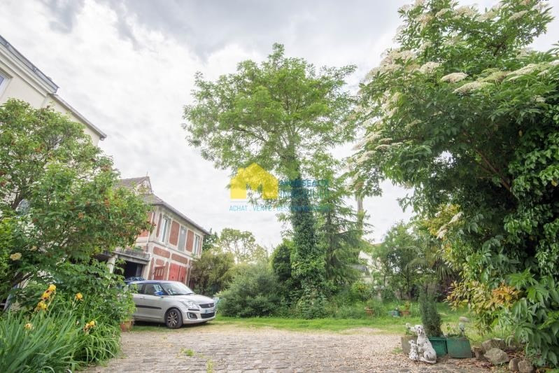 Vente maison / villa Ballainvilliers 700000€ - Photo 2