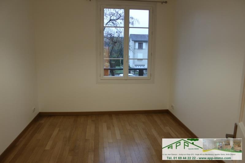 Rental apartment Athis mons 1 320€ CC - Picture 4