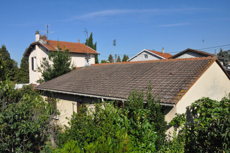 Vente maison / villa Bron 275000€ - Photo 3