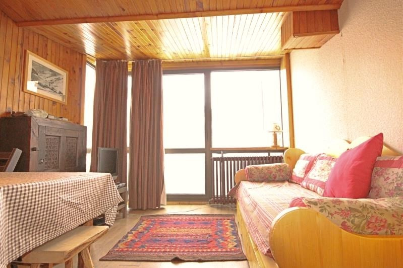 Sale apartment Val d'isere 390 000€ - Picture 1