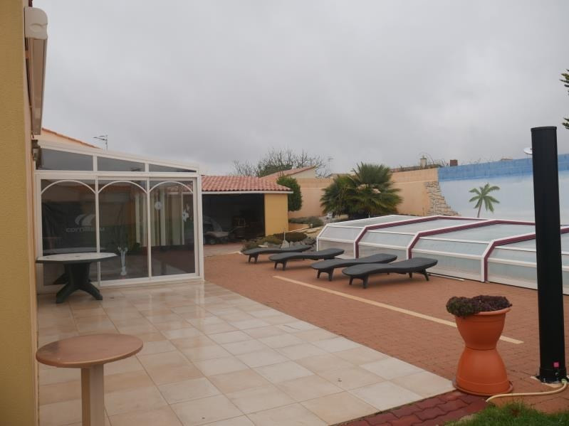 Sale house / villa Longeville sur mer 364000€ - Picture 6