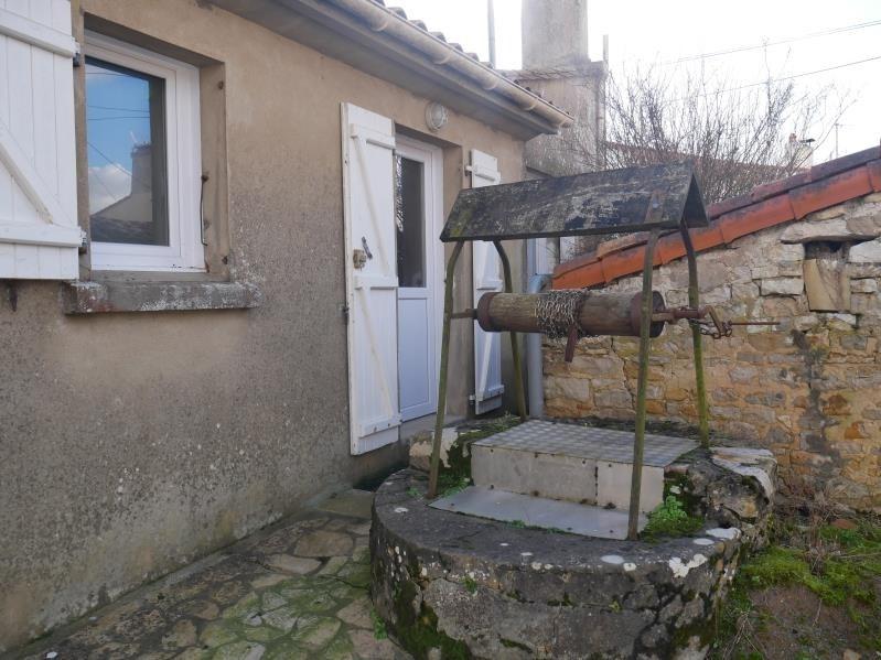 Vente maison / villa St vincent sur jard 176800€ - Photo 6