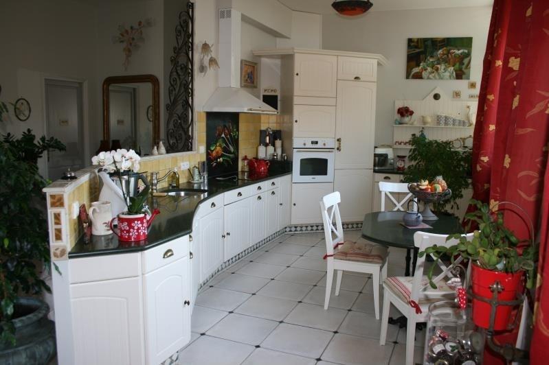 Sale house / villa Machault 580000€ - Picture 6