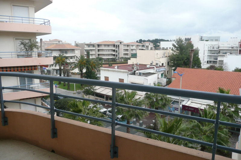 Location vacances appartement Cavalaire sur mer 1 000€ - Photo 8