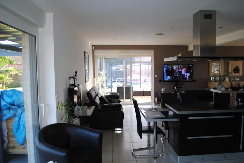 Sale house / villa Brouckerque 407940€ - Picture 6
