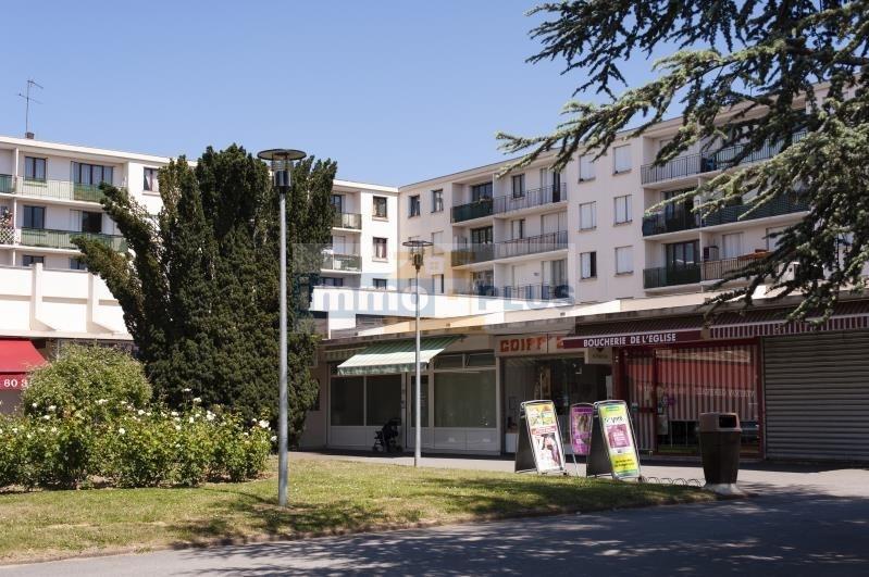 Location appartement Bois d'arcy 770€ CC - Photo 1