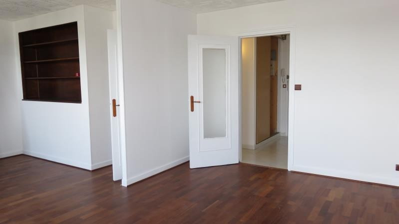 Sale apartment Tours 107 000€ - Picture 2