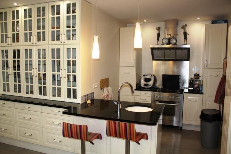 Sale house / villa Villeneuve les avignon 399000€ - Picture 4
