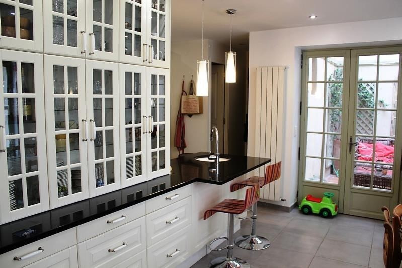 Sale house / villa Villeneuve les avignon 399000€ - Picture 3