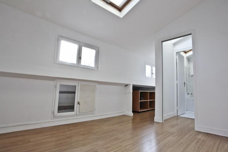 Sale apartment Paris 10ème 700000€ - Picture 8