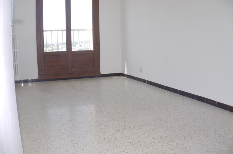 Location appartement Marseille 10ème 880€ CC - Photo 4