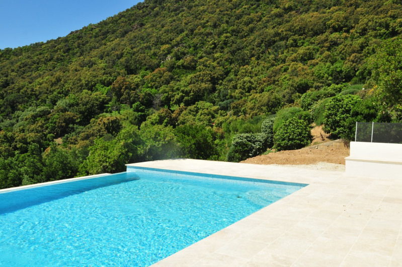Vacation rental house / villa Cavalaire sur mer 2 000€ - Picture 2