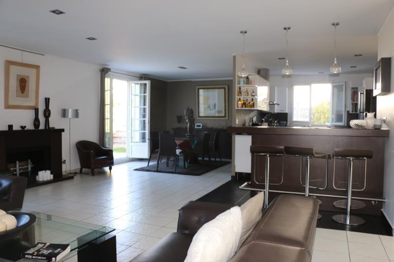 Sale house / villa St nom la breteche 848000€ - Picture 4