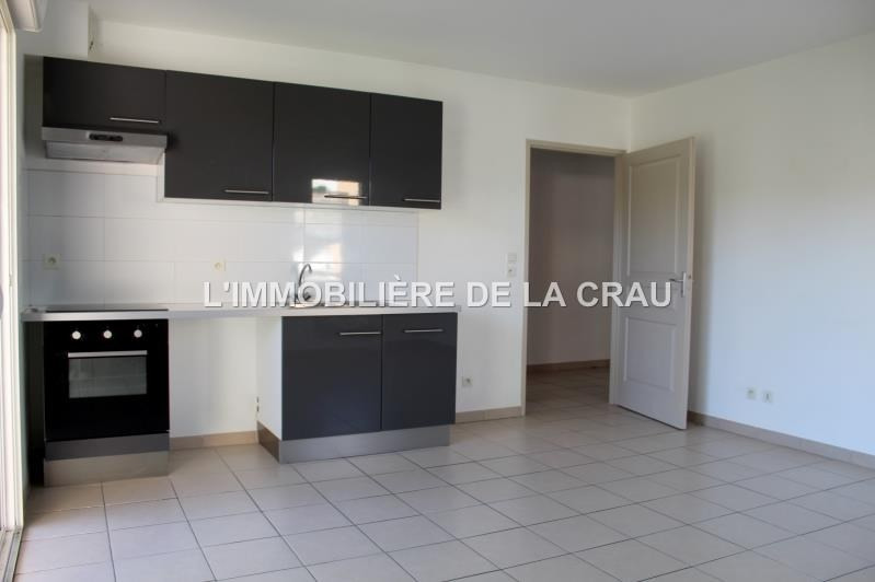 Sale apartment Salon de provence 159 500€ - Picture 2