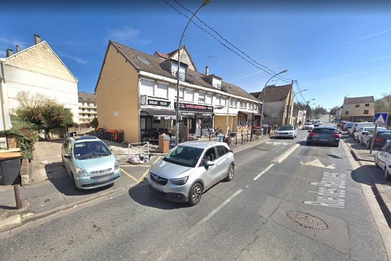 Location local commercial Sarcelles 500€ HT/HC - Photo 1