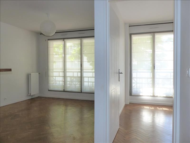 Location appartement Levallois 1 290€ CC - Photo 1