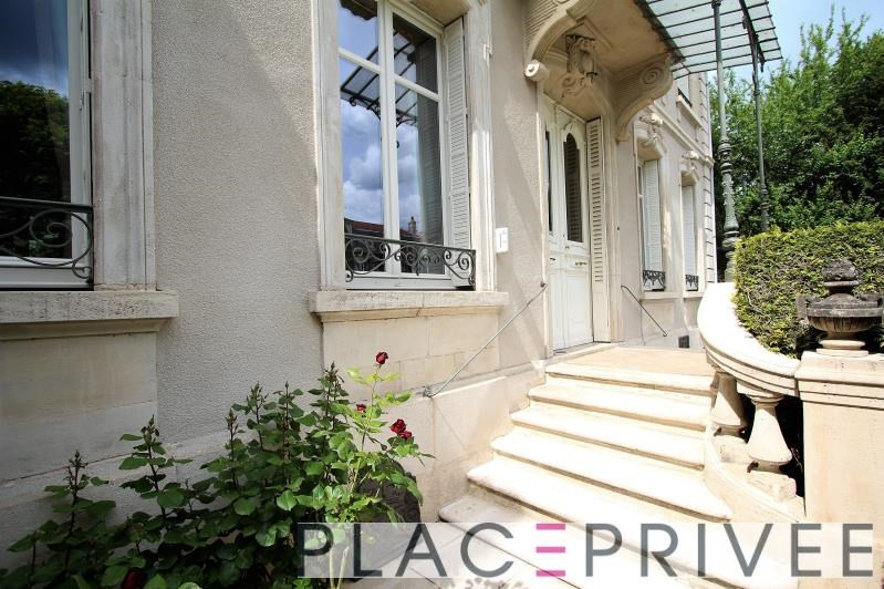 Deluxe sale house / villa Nancy 1580000€ - Picture 1