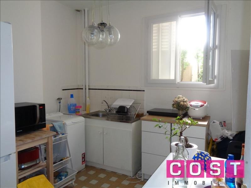 Investment property apartment Courbevoie 221000€ - Picture 3