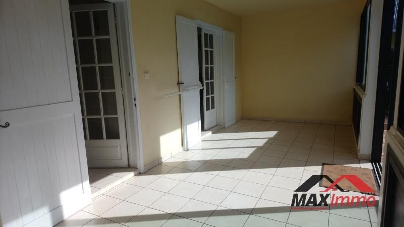 Location local commercial L etang sale les hauts 2 300€ HT/HC - Photo 7