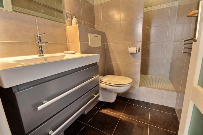 Location vacances appartement Cannes 950€ - Photo 9