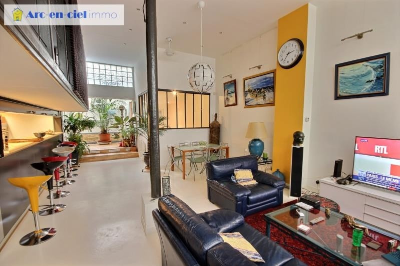Deluxe sale loft/workshop/open plan Paris 18ème 1 100 000€ - Picture 3