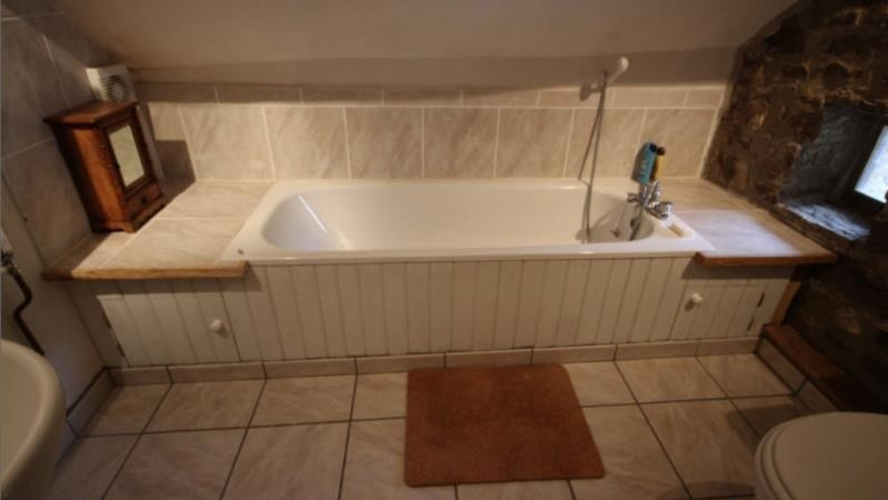 Sale house / villa Najac 325000€ - Picture 9